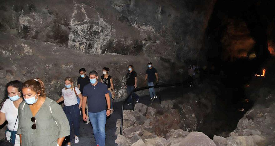 isla insólita - Cueva de los Verdes